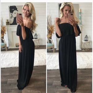 Dresses - $25 1 day sale! Black off the shoulder maxi dress